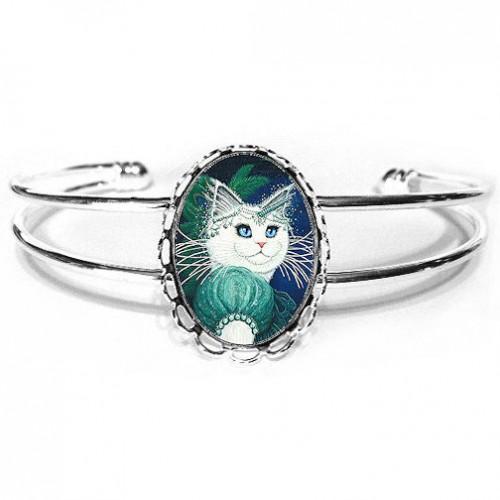 Cuff Bracelet - Purrincess Isadora