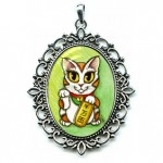 Cameo - Maneki Neko Luck Cat